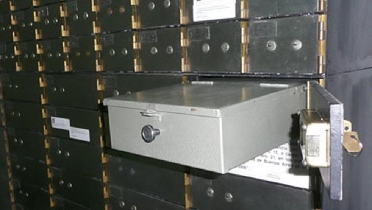 Se viene el cepo a las cajas de seguridad de los bancos for Cuarto intermedio