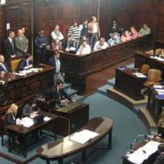 Mendoza: El oficialismo no pudo tratar proyecto para ampliar la Corte