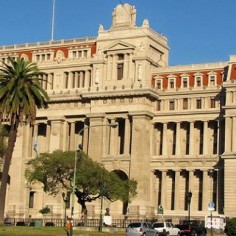 La Corte pidió modificar partidas presupuestarias para poder otorgar aumentos